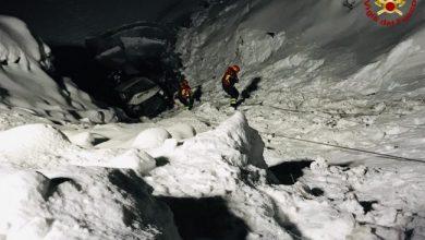 Photo of Livigno. Furgone finisce nel lago gelato, in sei salvi per miracolo