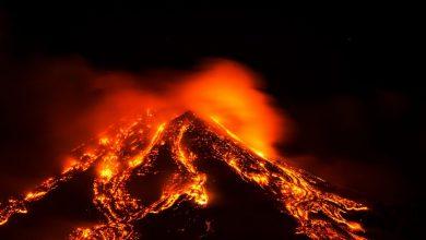 Photo of Le immagini mozzafiato dell'eccezionale eruzione dell'Etna