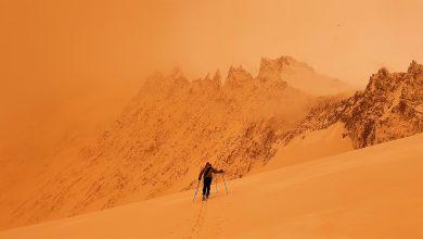 Photo of Neve rossa sulle Alpi. La magia delle polveri del Sahara