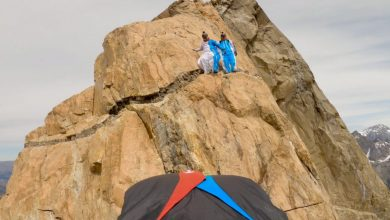 Photo of Patagonia. Un incredibile volo in tuta alare dall'Aguja de l'S