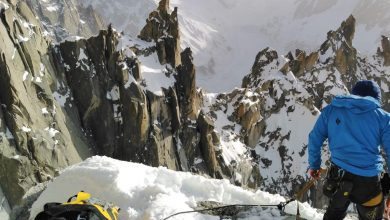 Photo of Monte Bianco, è il momento del Dru. Corrado Pesce e Will Sim in salita sul Pilastro Sud Ovest