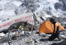"""Photo of Omar Di Felice al campo base dell'Everest: """"Un sogno che si avvera"""""""