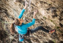 "Photo of Laura Rogora al suo terzo 9a+ con ""Terapia d'urto"""