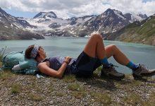 """Photo of """"La felicità ai miei piedi"""", in libreria la vita di una trekker per caso"""