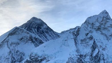 Photo of Everest, due alpinisti muoiono nella discesa