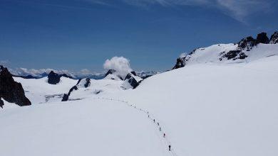 Photo of In 200 sul Monte Bianco: è la più grande cordata al mondo