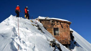 Photo of Gran Zebrù senza neve. Riemerge completamente la baracca della Grande Guerra