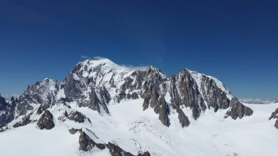 Photo of Monte Bianco. Recuperati due alpinisti bloccati 24 ore a 4700 metri