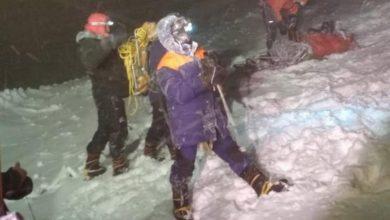 Photo of Bufera letale sull'Elbrus: 5 alpinisti morti, 14 salvati in condizioni estreme