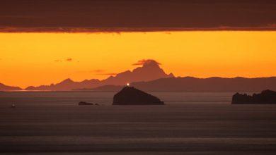 Photo of Al di là del mare, la bellezza di Monviso e Alpi Marittime visti dalla Versilia