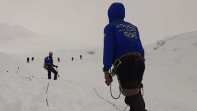 Photo of Chimborazo, valanga travolge 16 alpinisti. Tre morti, ancora tre dispersi
