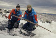 Photo of Dai ghiacci norvegesi emerge un paio di sci di 1300 anni fa